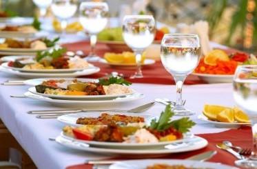 Tips para obtener el mejor servicio de banquete